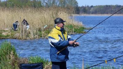 Piêkna niedziela Wieliszew - przepompownia\r\nKolega Wojtek 19.04.2009